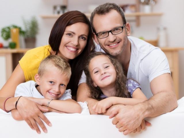 Adottarsi per adottare: l'Altro dentro di noi e l'Altro fuori di noi. Riflessioni sulla genitorialità